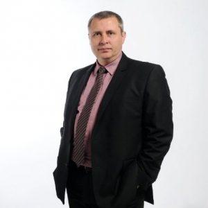george-naydenov-iprofile-tothetop